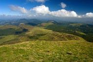 Clermont Ferrand's surroundings offer beautiful panoramas.