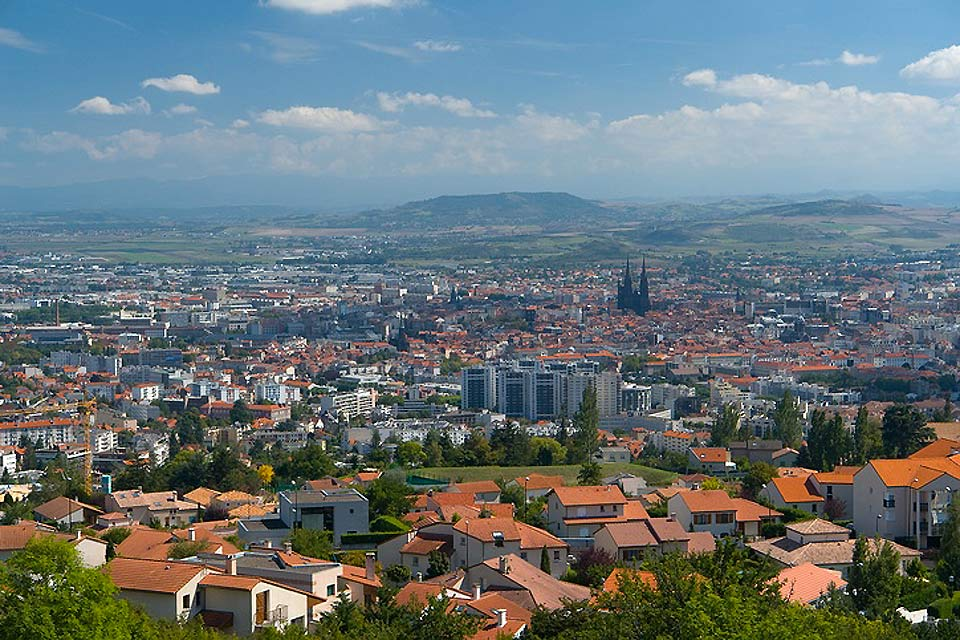 The capital of the Puy-de-Dôme department saw the birth of Blaise Pascal.