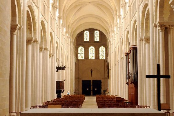 Built in stages between the 11th and 18th centuries, the abbey holds the tomb of Matilda of Flanders.