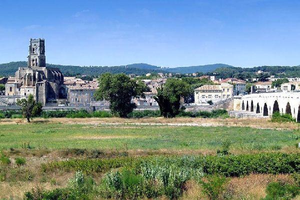 Pont saint esprit guide de voyage france easyvoyage - Office du tourisme pont saint esprit ...
