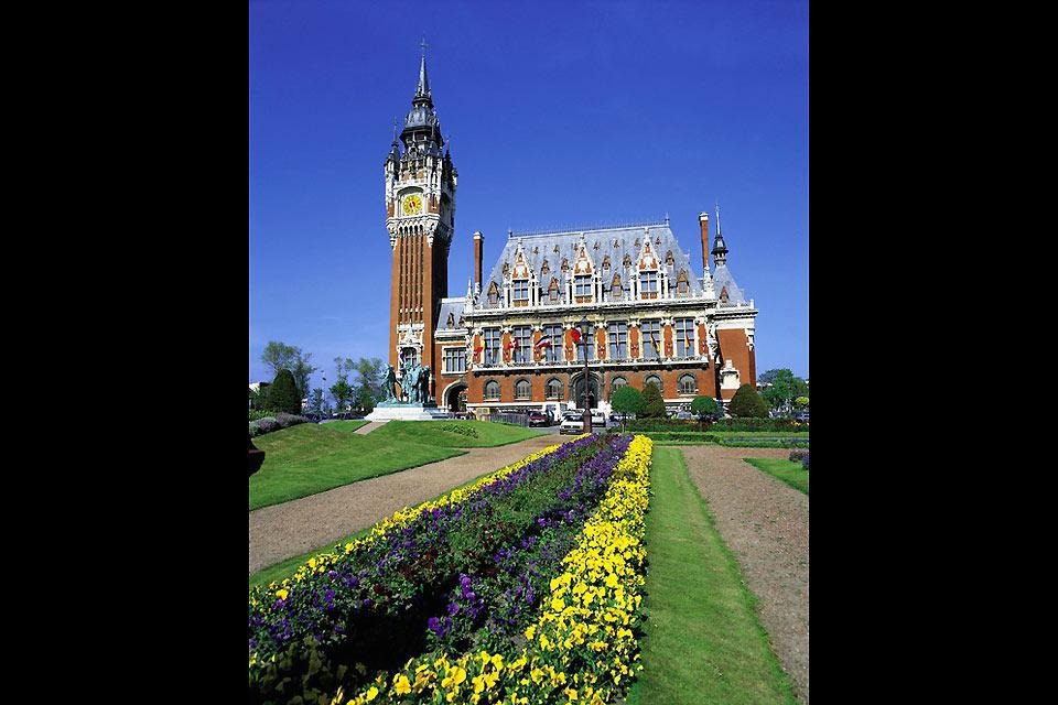 The City Hall of Calais has been listed as UNESCO World Heritage since 2005.
