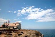 Le sanctuaire fut érigé sur un ancien lieu de culte païen, dédié à Héra Lacinia.