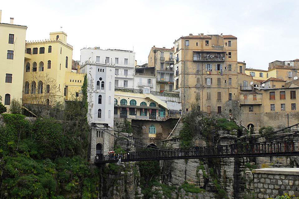 In Constantine, the most photographed constructions are the bridges; many tourists come all the way here just to see them.
