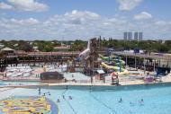 Le parc aquatique à Daytona Beach propose de nombreux jeux aquatiques, piscines à vagues, aire de jeux d'eau et tobbogans.