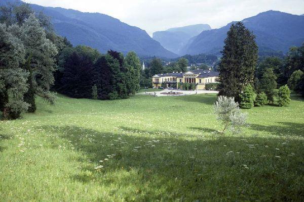 Die Villa im neoklassischen Stil war einst die Residenz des Kaisers Franz-Joseph und seiner Gemahlin Elisabeth von Österreich.