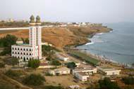 Die große Moschee von Dakar ist eines der höchsten Bauwerke der Stadt.