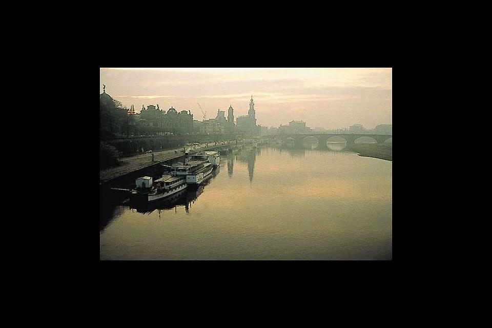 A causa dei numerosi edifici antichi sulle rive dell'Elba, Dresda fu battezzata la Firenze dell'Elba.
