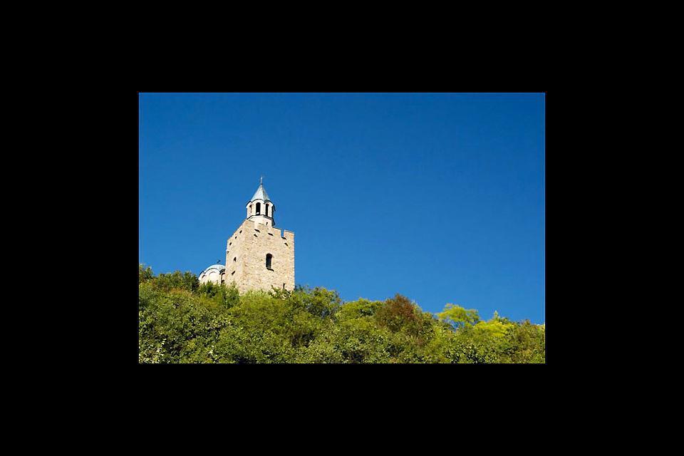 Das Kloster von Veliko Tarnovo liegt hoch über der Stadt auf einem Berg