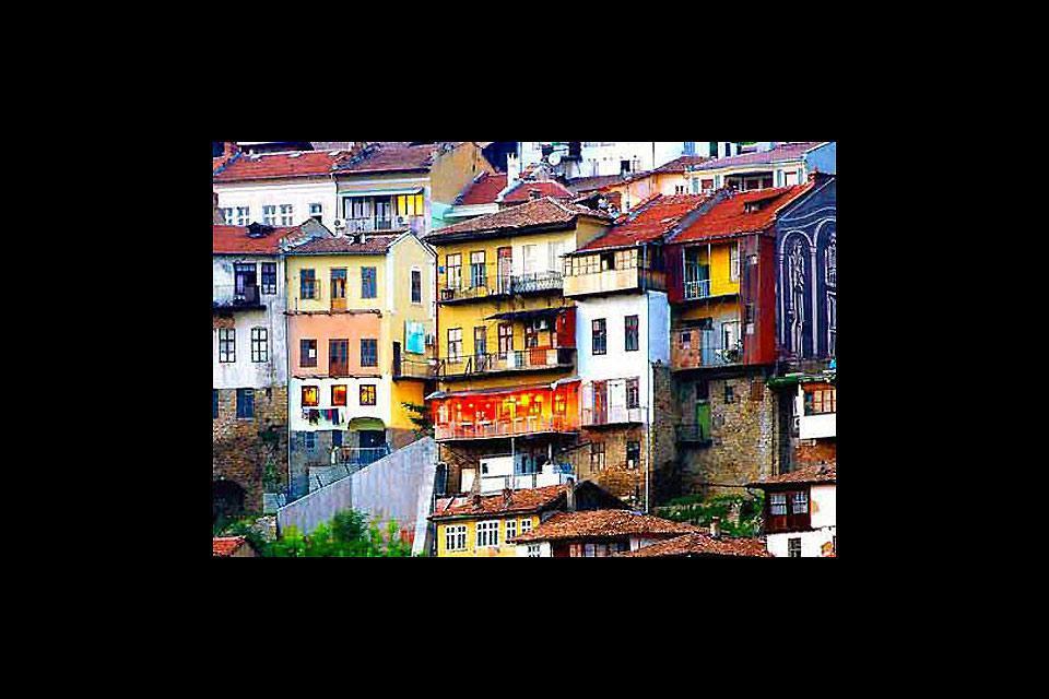 Die Häuser der bulgarischen Stadt Veliko Tarnovo sind besonders schön