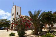 Die Einwohner von Kap Verde sind sehr gläubig. Die Messe am Sonntagmorgen ist hier eine wahre Institution.