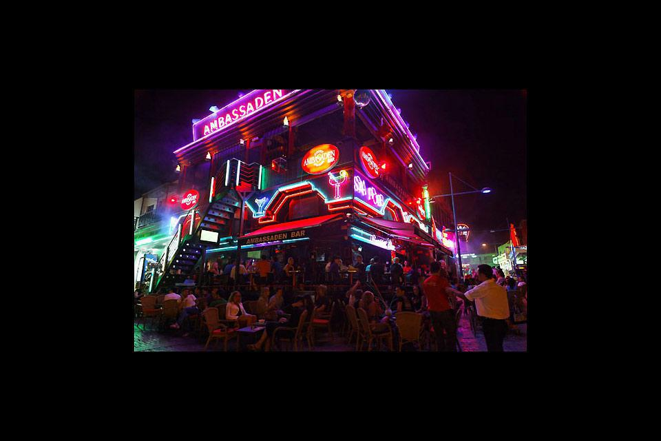 Ayia Napa is famous for its nightlife; in the old city center, whole streets are devoted to nightclubs and bars.
