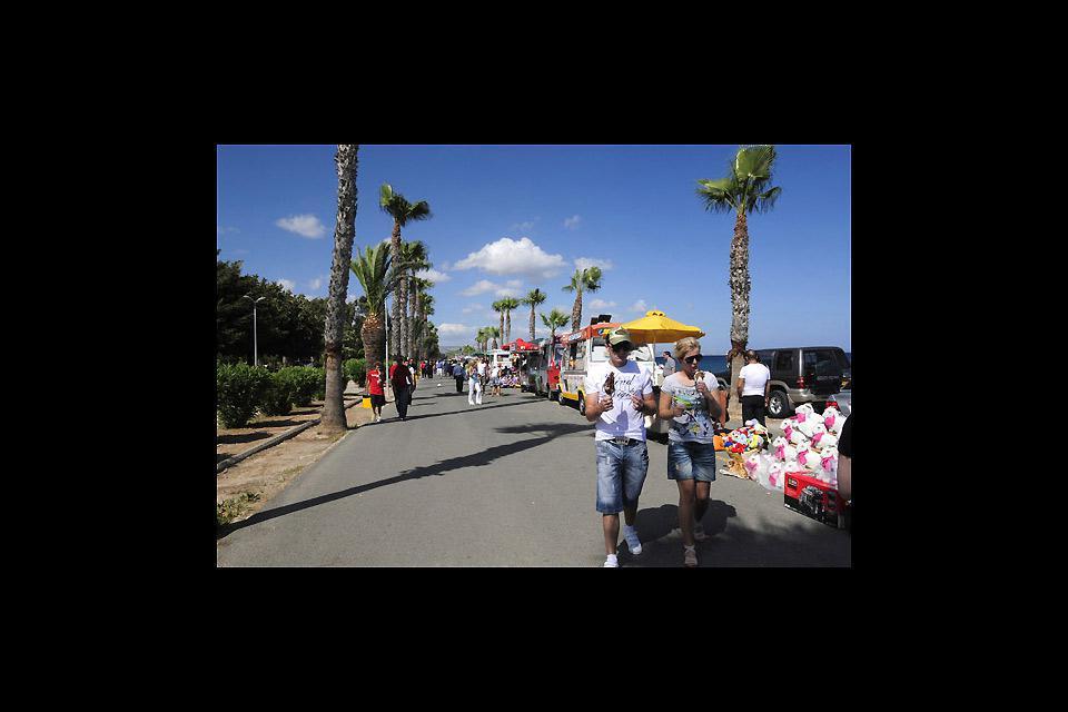 A Limassol, le front de mer et ses jardins sont prisés par les vacanciers et les Chypriotes.