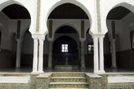 This museum dedicated to Prehistory and ethnography holds both Algerian and foreign collections.