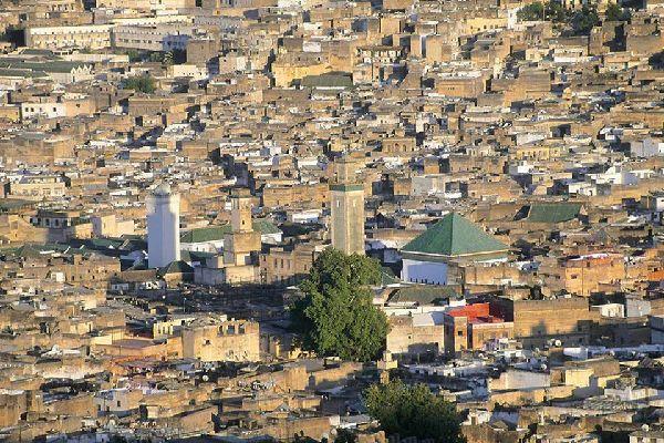 Vue sur la ville depuis la colline.