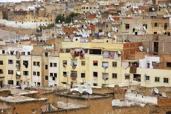 Porte de la nécropole de Mérinide, baptisée « site le plus romantique du Maroc ».