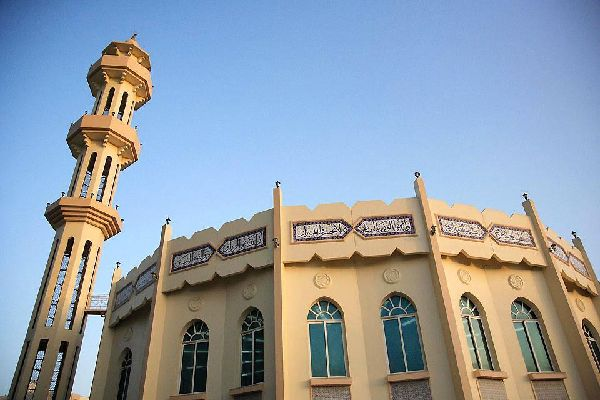 The most important mosques in the emirate are those of Saudi Ajman, Masjid Naumia and Sheikh Al Khalifa.
