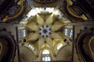 Sotto questa lanterna stellata alta 54 metri si trova la tomba di El Cid.