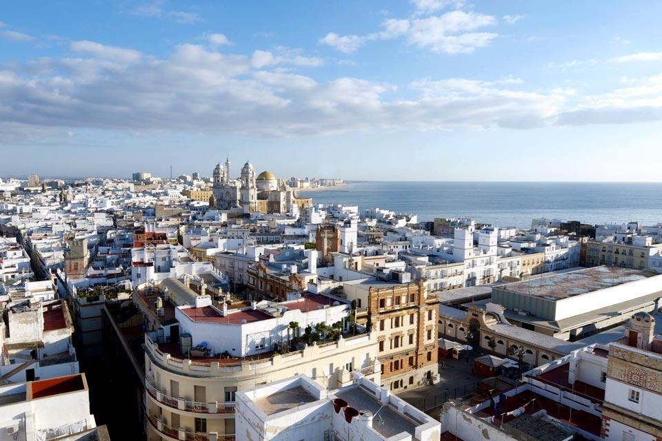 Located on a peninsula at the very south of Andalusia, and thus Spain, the beautiful Cadiz is a destination worth visiting for at least a few days. The city of 126 towers, built to more easily spot the ships loaded with cargo coming from the New World, is the oldest city in Europe, founded by the Phoenicians in 1104 BC! The archaeology museum, which notably holds two Phoenician crypts dating back to ...