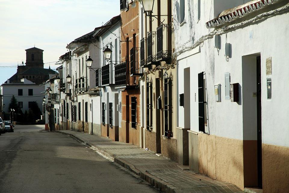 A city characterised by its monuments and numerous parks