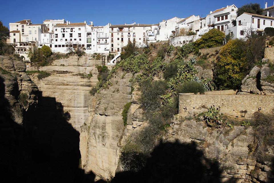 Ronda was built on top of a cliff.