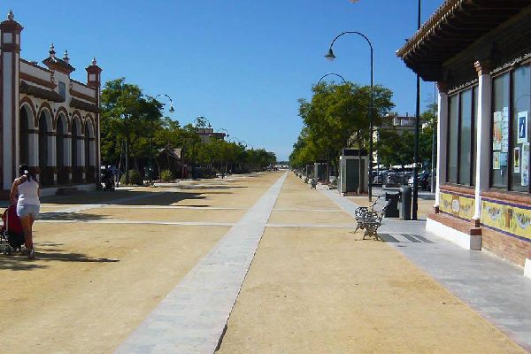 Sanlucar se divise entrez ville haute et ville basse.