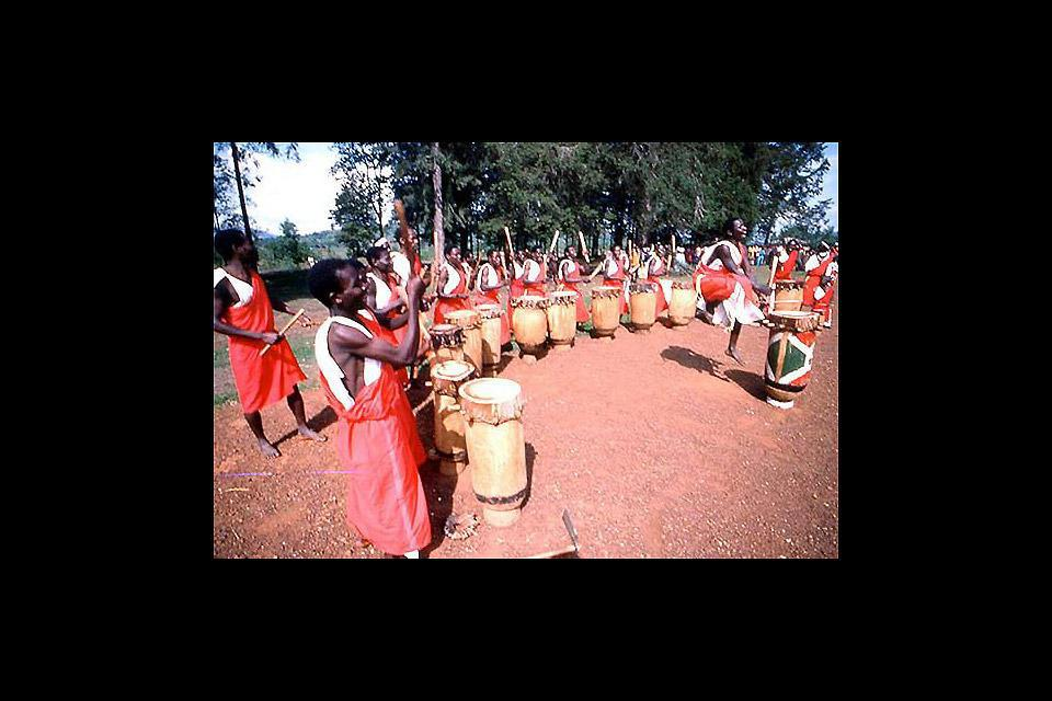 Gitega est la 2ème ville du pays en superficie, après la capitale. On y trouve le Musée national du Burundi.