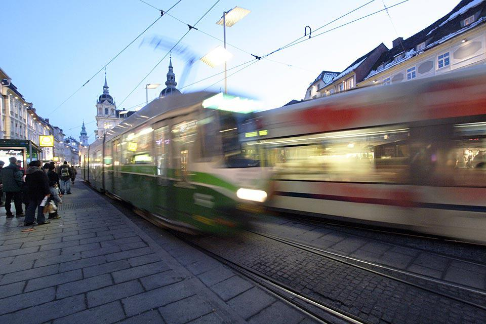 Graz has 9 tram lines that cover a network of 41 miles, which means that it is easy to visit the city.