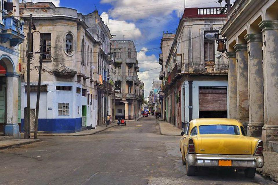 La città della Havana fu fondata dagli spagnoli al XVI secolo.