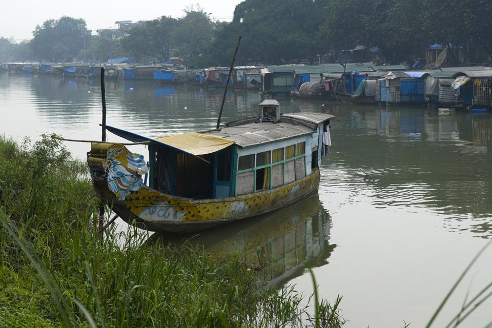 La ville d'Huê est traversée par la rivière des Parfums qui a inspiré de nombreux poèmes et contes romantiques.
