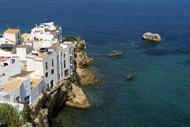 Costas de Ibiza y comercios en las costas