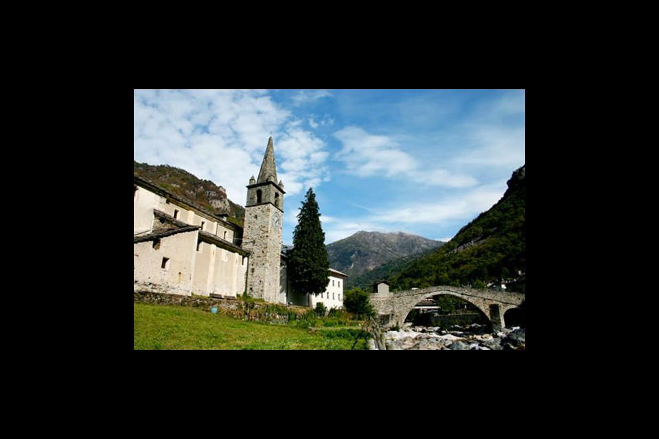 Aosta boasts countless towers from various eras and with various functions, giving it its particular physiognomy