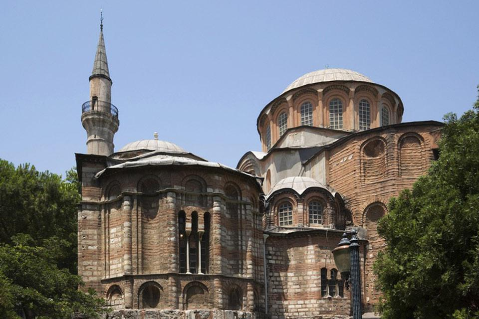 The monuments found throughout Istanbul are splendid examples of Byzantine architecture