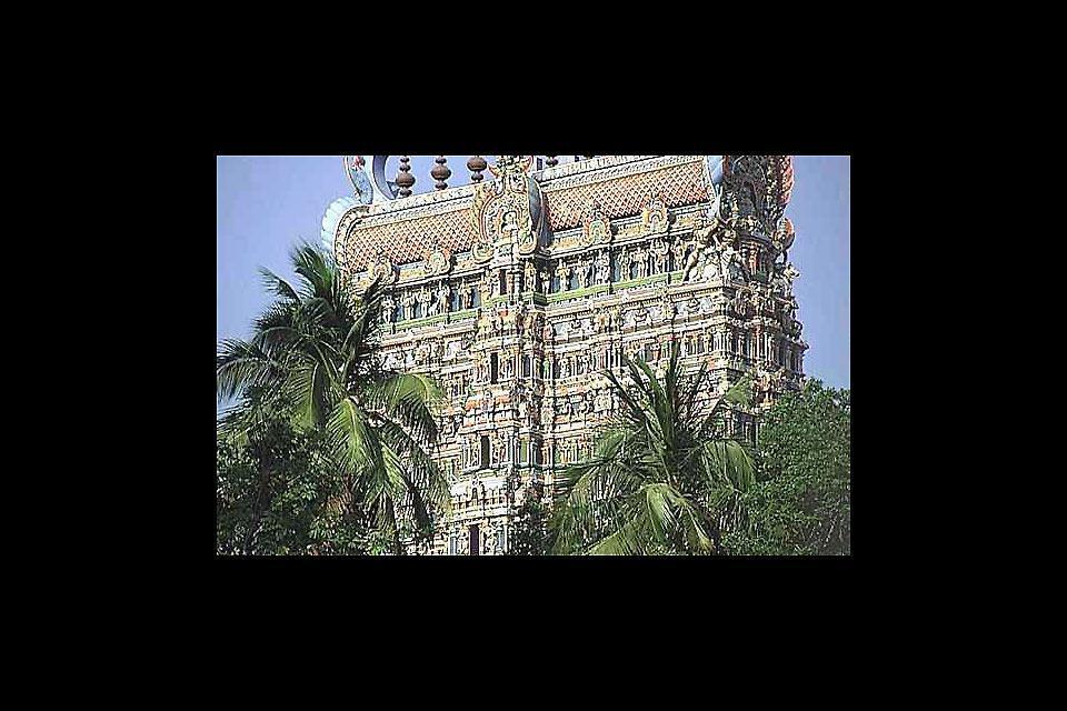 El templo de Meenakshi en Madurai, una de las ciudades indias más antiguas. Fue la capital del reino de Pandya, cuyo apogeo se produjo en el s. XIII.