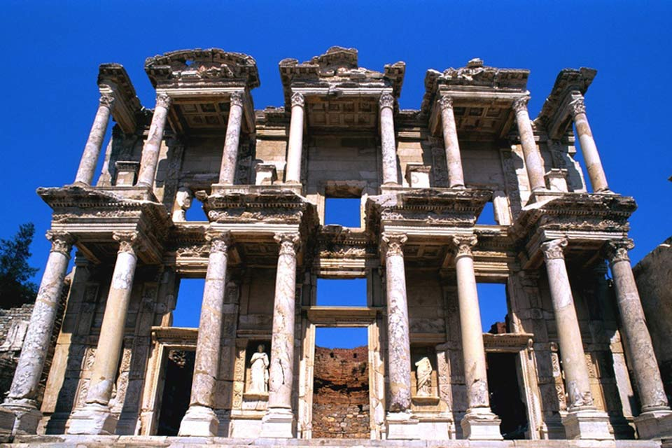 Celsus Library is located in Ephesus, one of the ancient parts of the Izmir region.