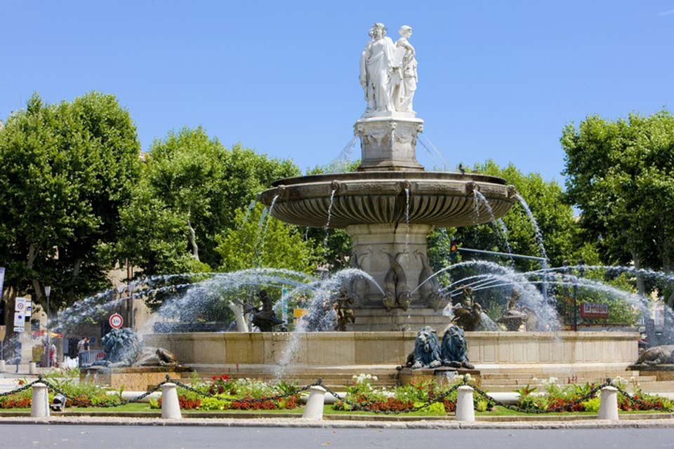 The fountain was completed in 1860 and is one of the symbolic monuments of Aix-en-Provence, thanks notably to its impressive dimensions. It is located just off the Cours Mirabeau.
