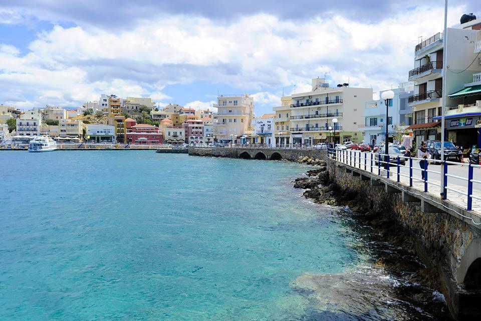 Agios Nikolaos is located in the north-west of the largest bay in Crete.