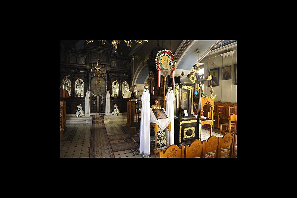 Gli interni delle chiese della città sono riccamente decorati ed ornati.