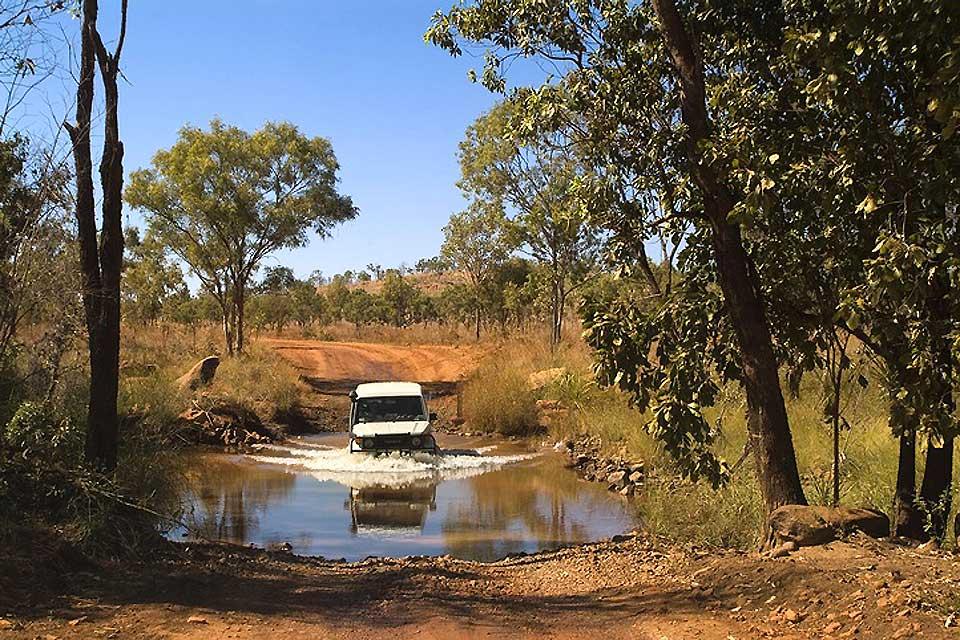 Le Gibb River Road est l'une des principales attractions de Kimberley. Plongez à travers des gorges spectaculaires, des piscines de roche et des cascades extraordinaires.