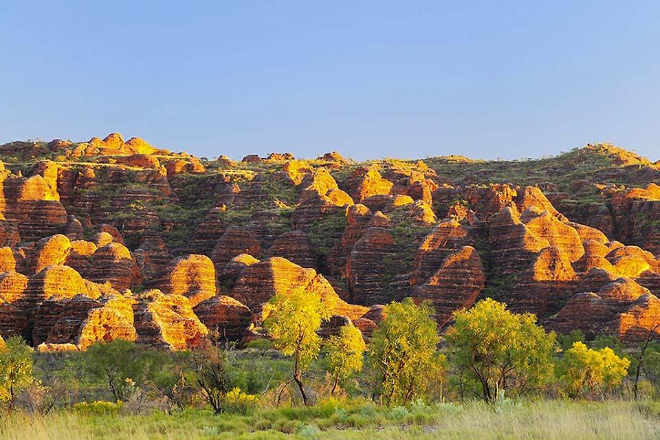 Le Parc National de Vaalbos, situé au nord-ouest de Kimberley, permet la visite d'une réserve naturelle pour l'observation de la faune et la flore du Karoo et du Kalahari.
