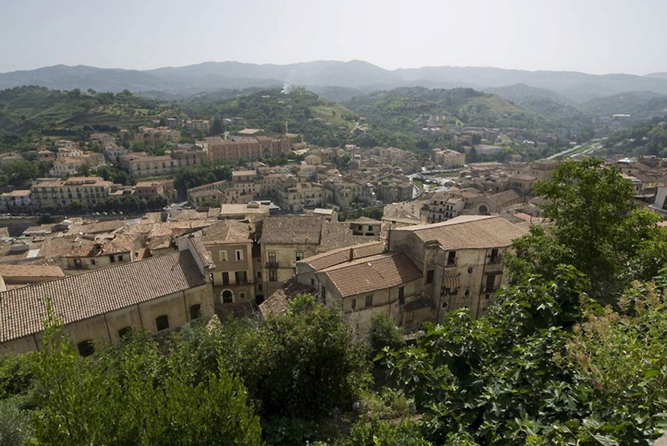 Cosenza spreads over seven hills in the valley of the Crati river, and the centre of its old town has retained its Medieval look.