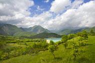 Il lago di Castel San Vincenzo è un lago artificiale situato nella provincia di Isernia