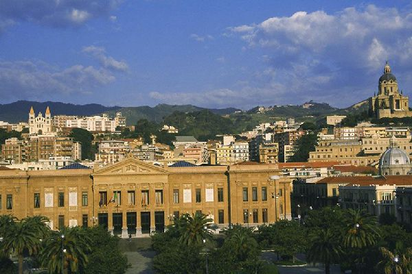 The imposing Zanca Palace, the office of Messina's town hall.
