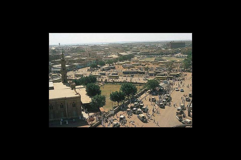 Il flotte à Khartoum une ambiance originale qui vaut le détour pour s'enivrer de l'ambiance de ses marchés.
