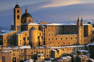 Urbino, its past very rich in art and history, has conserved numerous prestigious monuments: its historic centre is listed as a UNESCO World Heritage Site.
