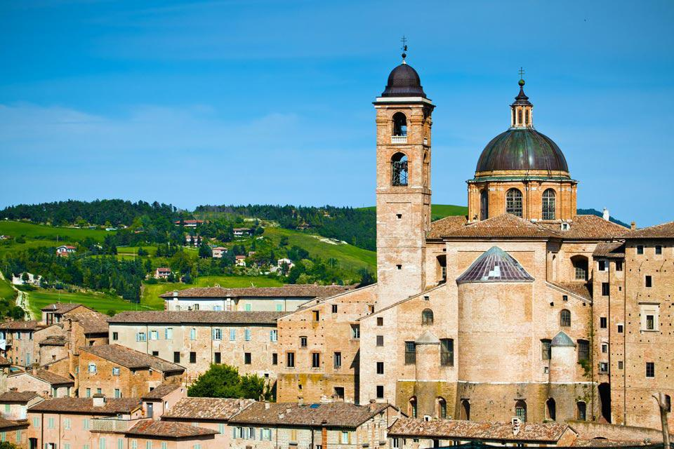 The artistic ideal of the Renaissance period seems to have become a reality when you look at the city of Urbino and the harmonious classicism of its architecture. The author of the city's transformation was Federico da Montefeltro, the duke of the city between 1442 and 1482. A cultured and refined man, passionate about mathematics and classics, he made his court the meeting point for numerous eminent ...