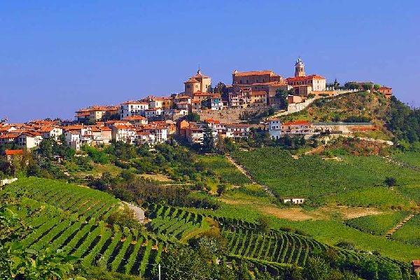 Travel To Vercelli Italy Vercelli Travel Guide Easyvoyage