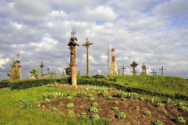 La région de Kaunas est célèbre pour ses croix votives.