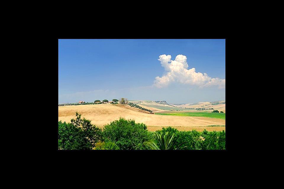 Sede papale per 24 anni nel XIII secolo, Viterbo fu all'epoca capitale della cristianità.