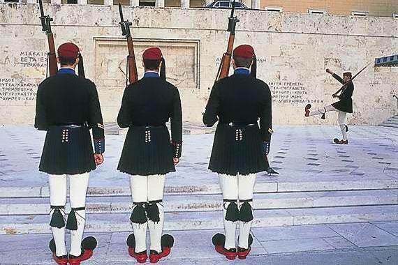 Ath�nes : Les costumes traditionnels - Gr�ce