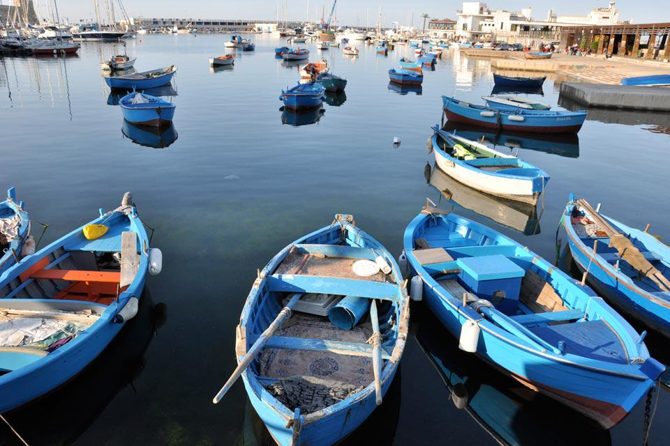 Measuring some 700 acres, the basin of the port of Bari is equipped for various activities, both tourist and commercial